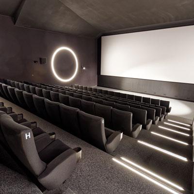 Conception et construction de cinéma